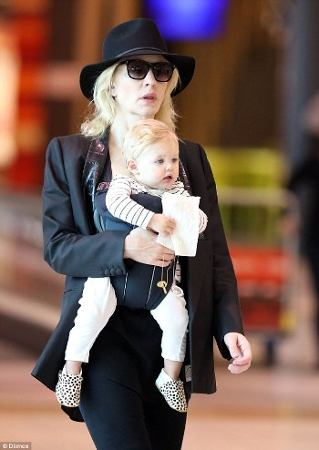 cate_blanchett_daughter_2_6152e350.jpg
