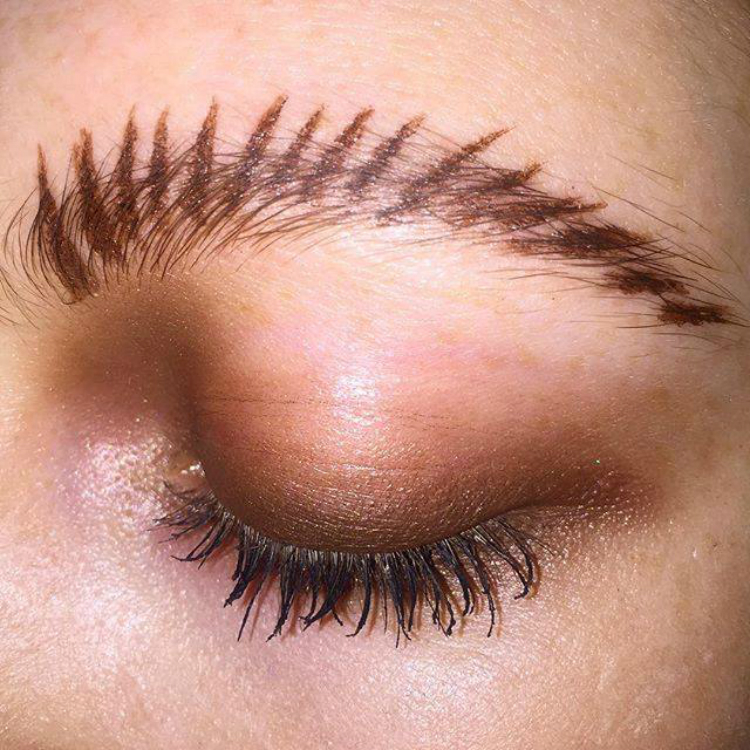 BrowsTrend-Feral-Frond-Brow-Trend-02.jpg
