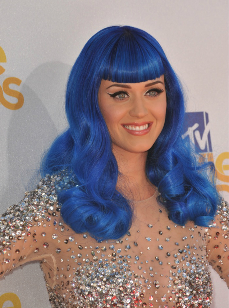 Katy-Perry-Ηairstyles-02.jpg