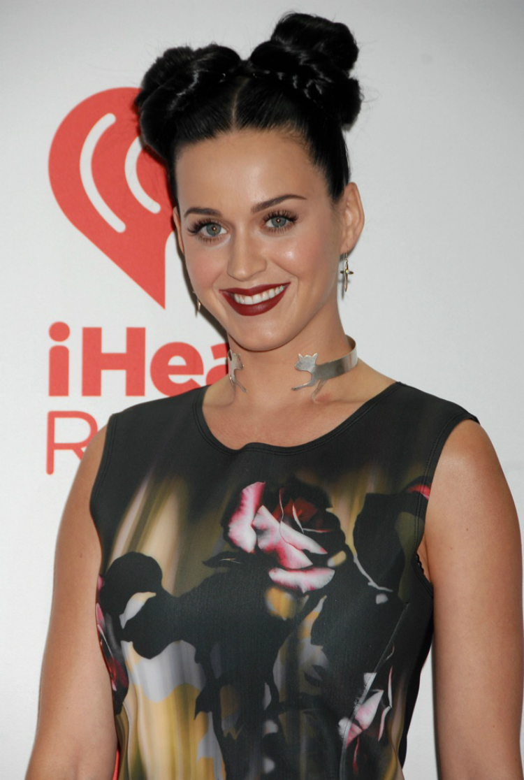 Katy-Perry-Ηairstyles-06.jpg