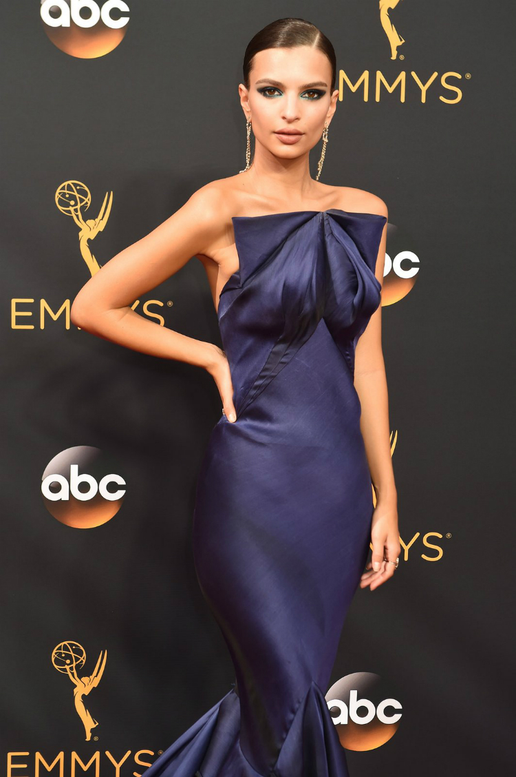 best-beauty-at-the-emmys-2016-01.jpg