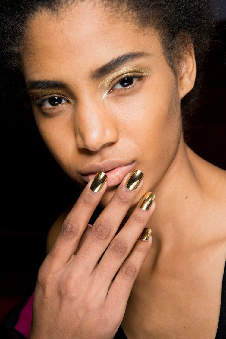 7incredible-manicures-pfw-fw1718-01.jpg