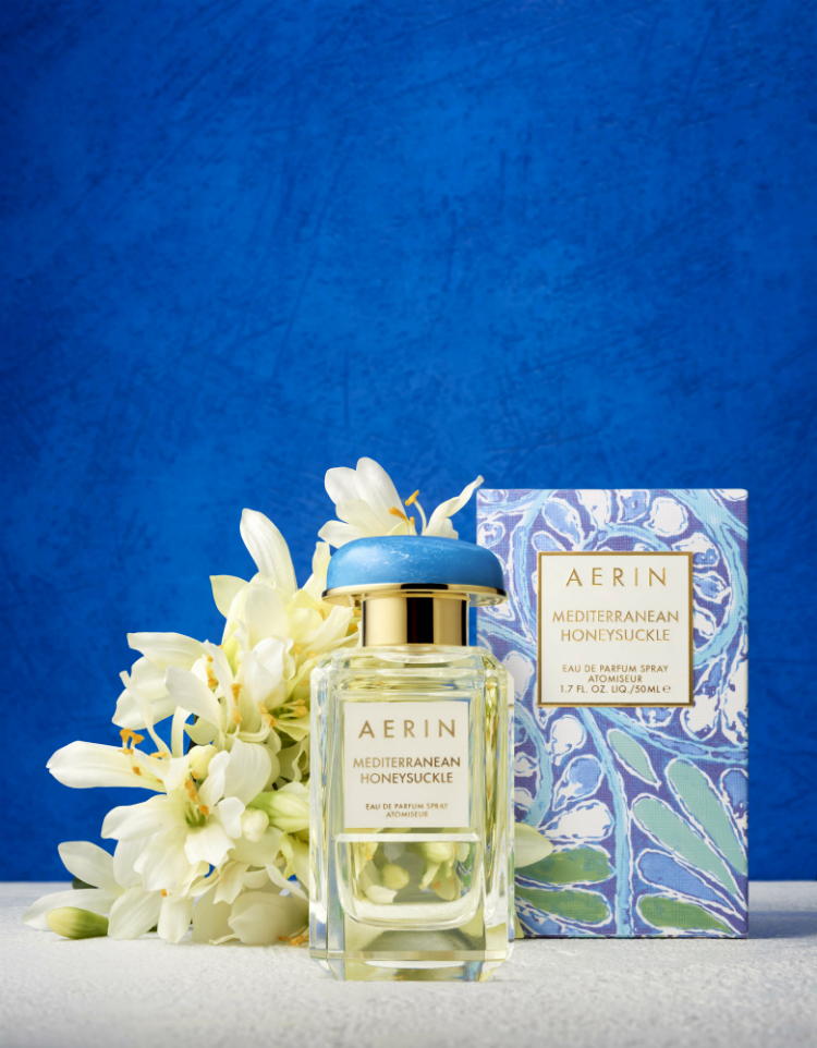 AERIN_Mediterranean Honeysuckle_Fragrance With Flower_Blue Background_Global_Expiry October 2017.jpg