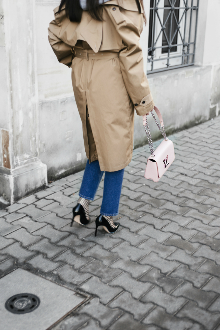 1styling-trick-for-trench-coat-01-1.jpg