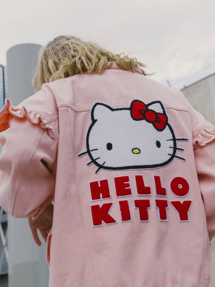 lazyoaf_hellokitty_collab_01.jpg