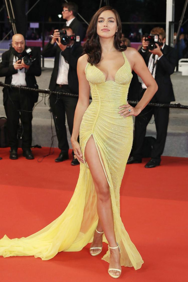 Nude Alert! Τα πιο αποκαλυπτικά φορέματα που είδαμε στις
