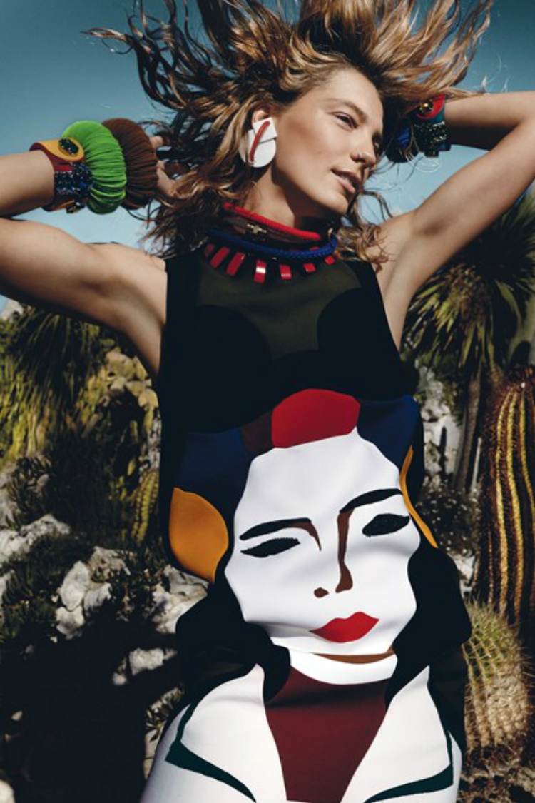9Rainbow-Babes-Vogue-Mar14-4Feb14--p301-Mario-Testino_b_426x639.jpg