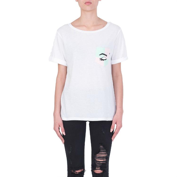 6whitetshirts_01.jpg