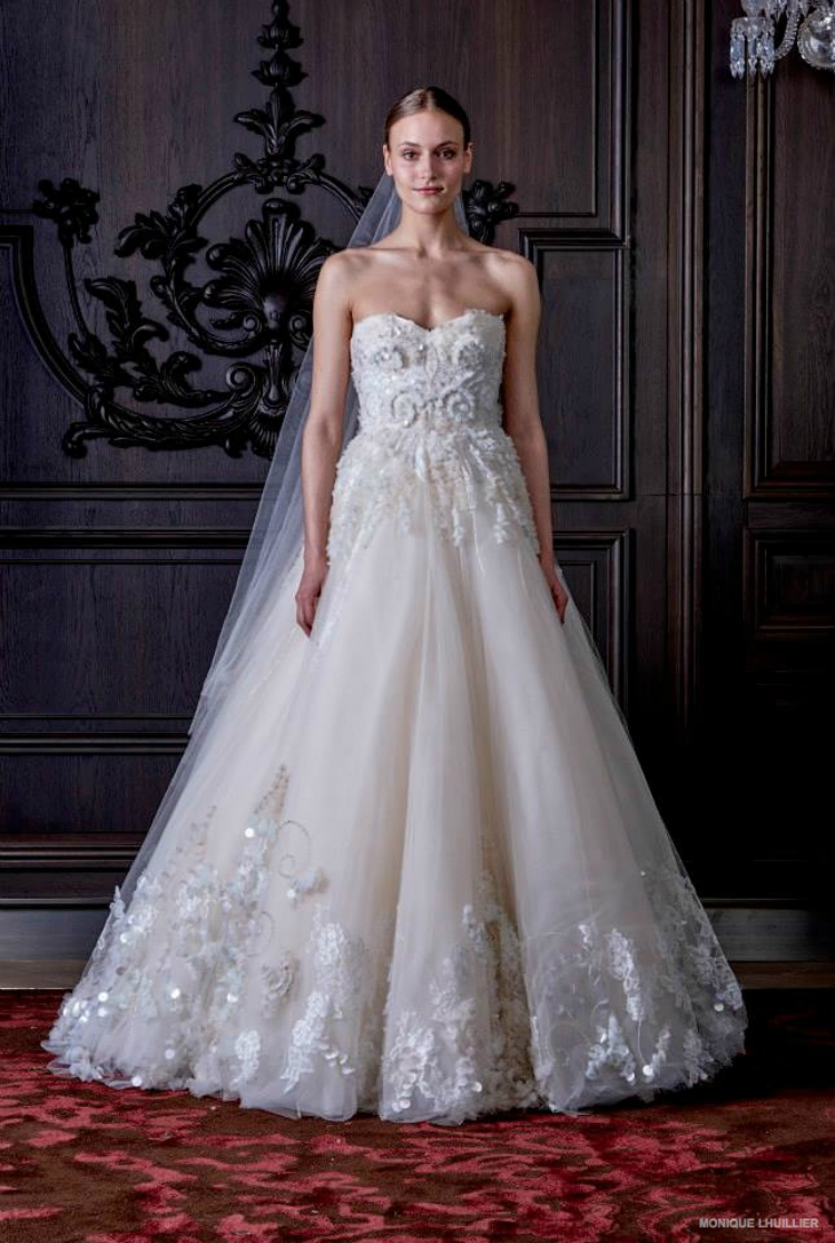 monique-lhuillier-wedding-dresses-spring-2016-13.jpg