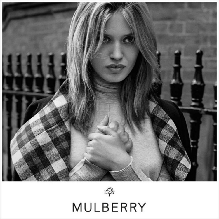 Georgia-May-Jagger-Mulberry01.jpg