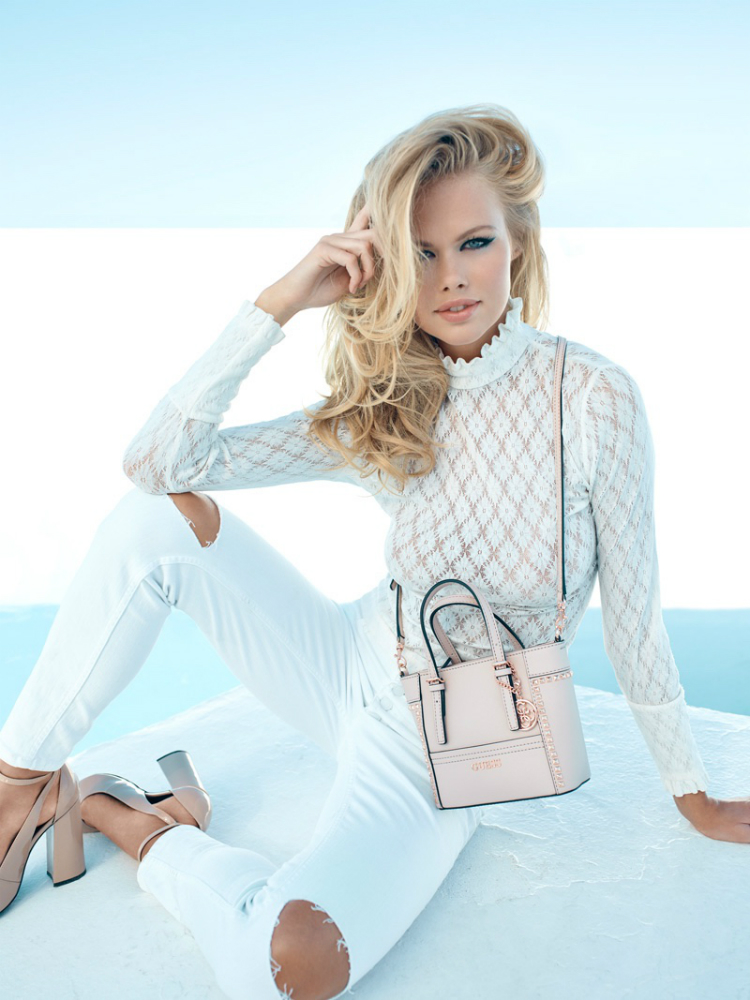 Guess-Accessories-Fall-Winter-2016-Campaign03.jpg
