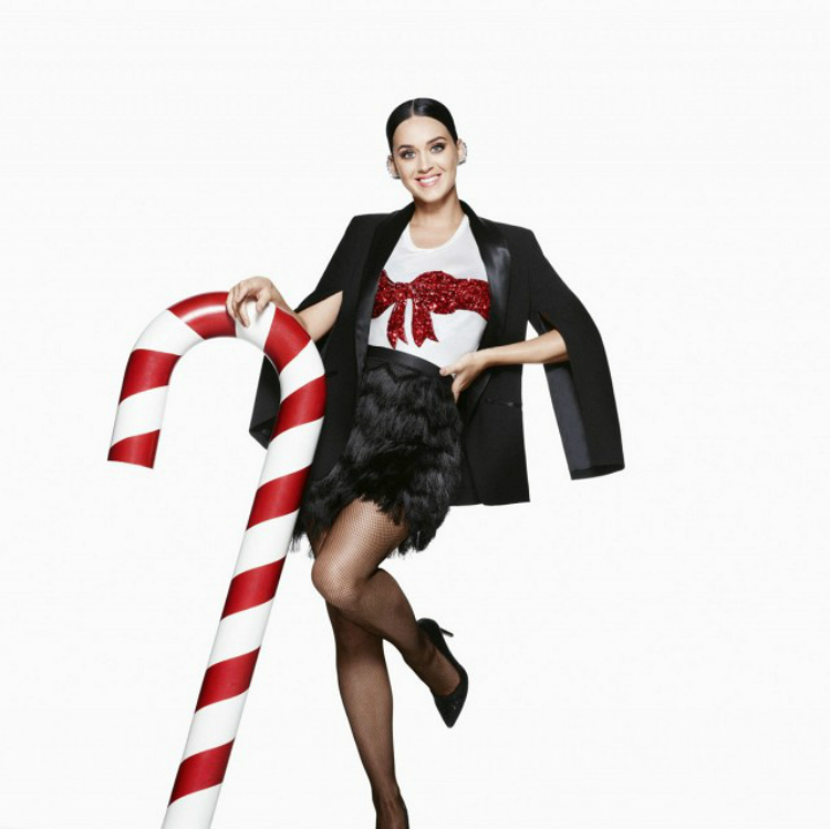 Katy-Perry-HM-Christmas-2015-Ad-Campaign01.jpg