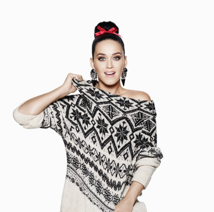 Katy-Perry-HM-Christmas-2015-Ad-Campaign04.jpg