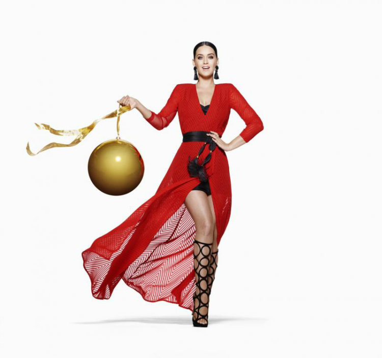 Katy-Perry-HM-Christmas-2015-Ad-Campaign06.jpg