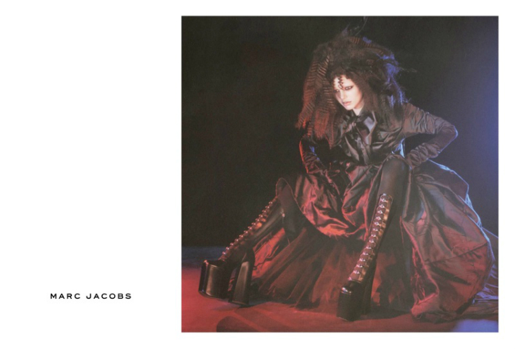 Marc-Jacobs-Fall-Winter-2016-Campaign04.jpg