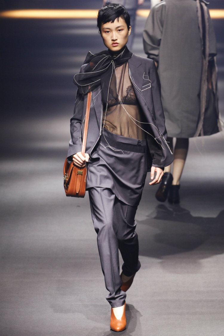6thingaboutlanvin_02.jpg