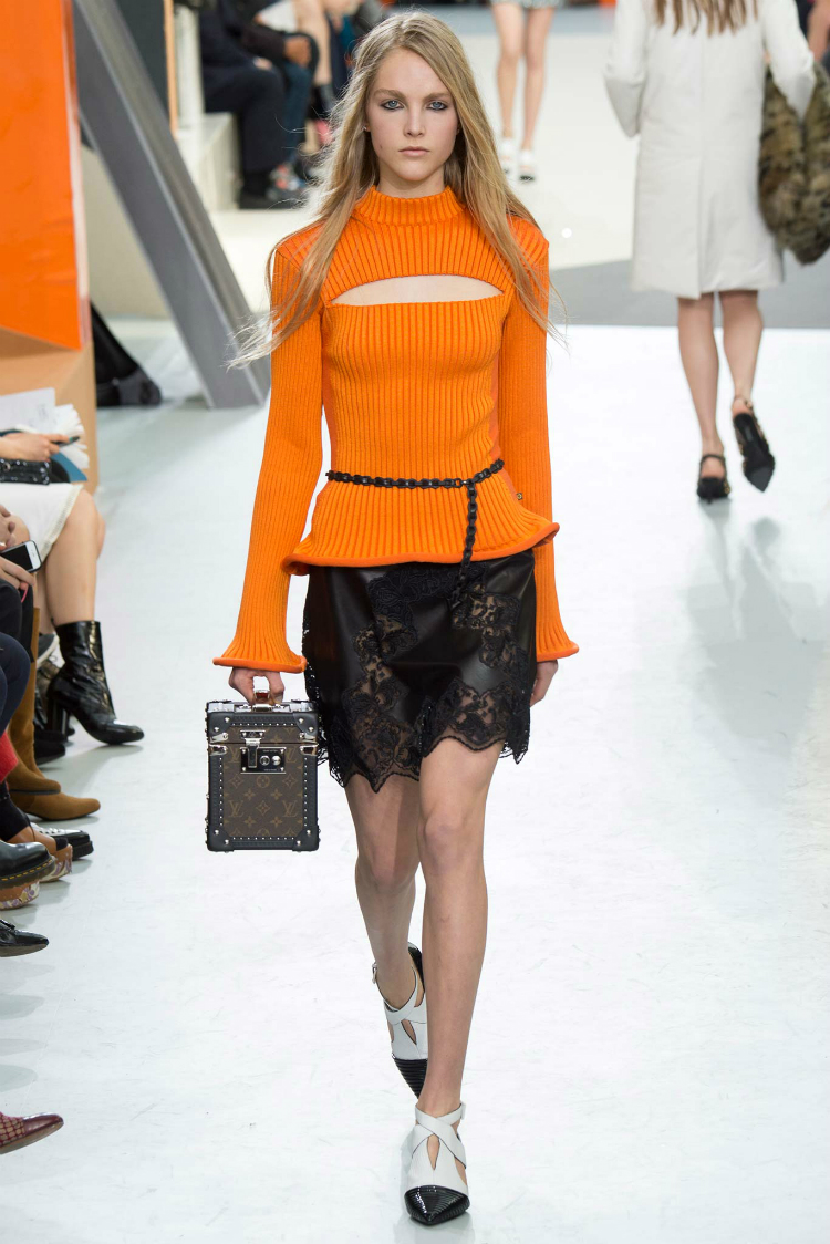 louis-vuitton-fall-winter-2015-runway09.jpg