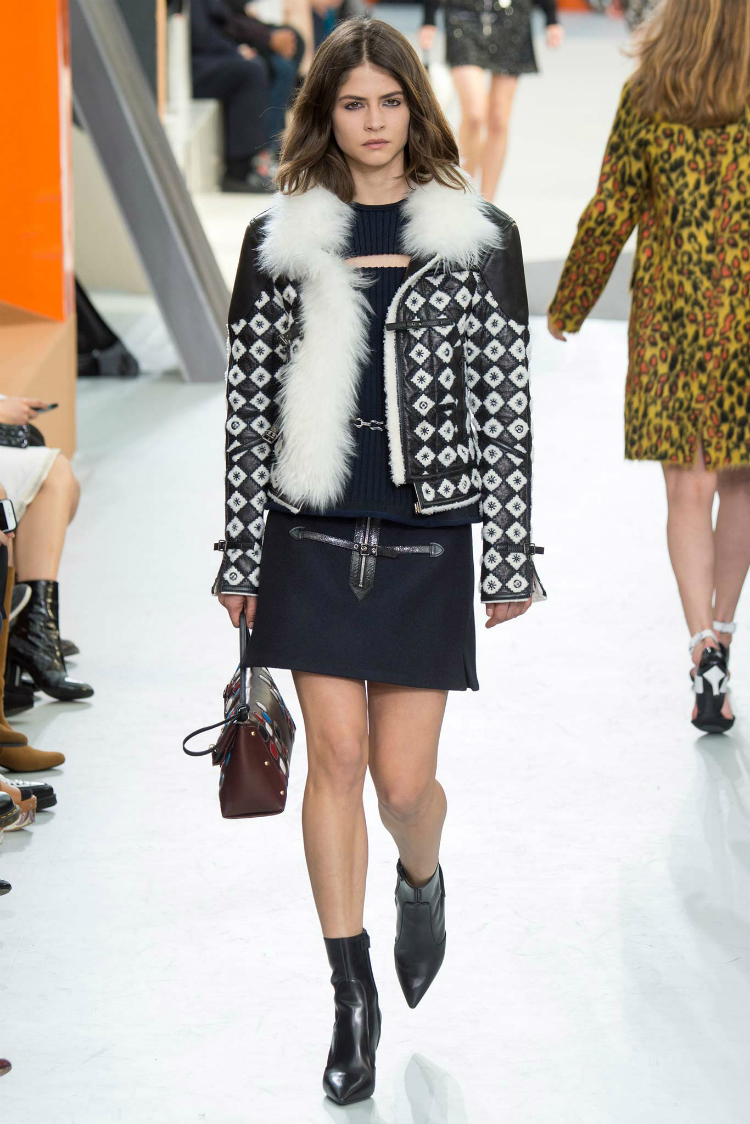 louis-vuitton-fall-winter-2015-runway10.jpg
