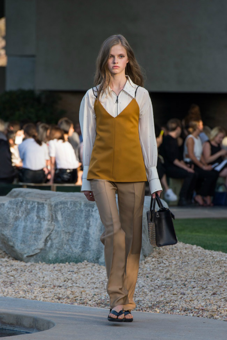 louis-vuitton-palm-springs-08.jpg