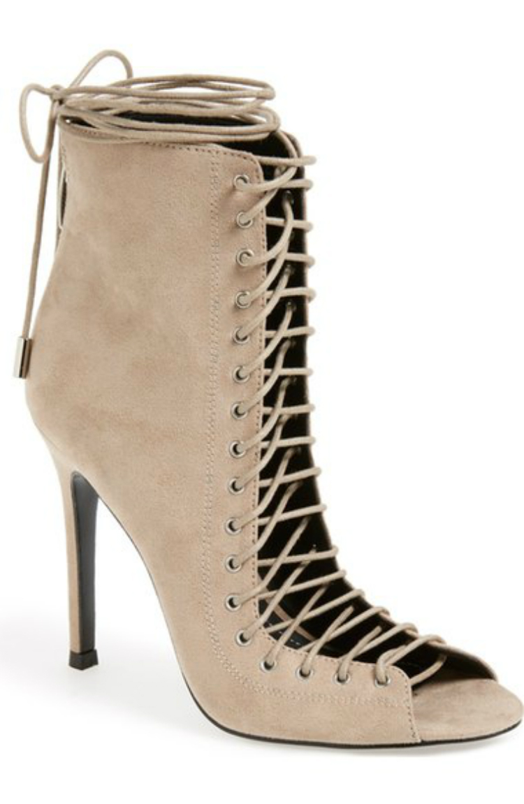 6laceupsandals-01.jpg