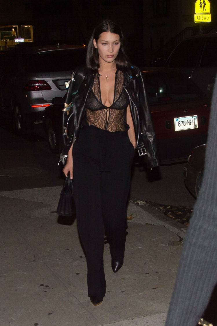 9bella-hadid-outfits-icon-06.jpg