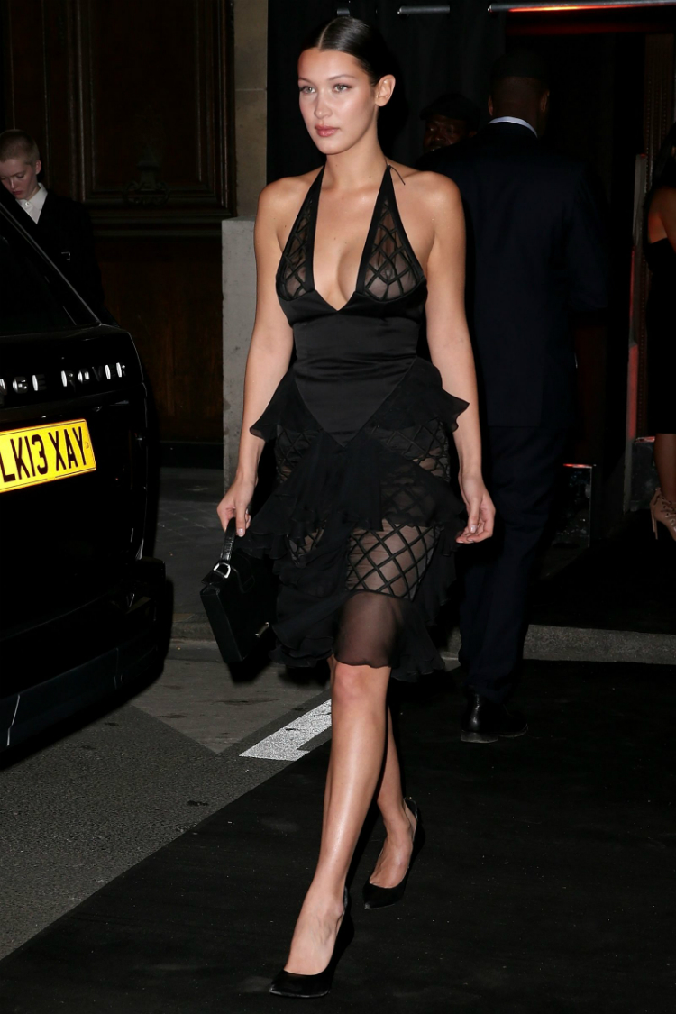 9bella-hadid-outfits-icon-08.jpg