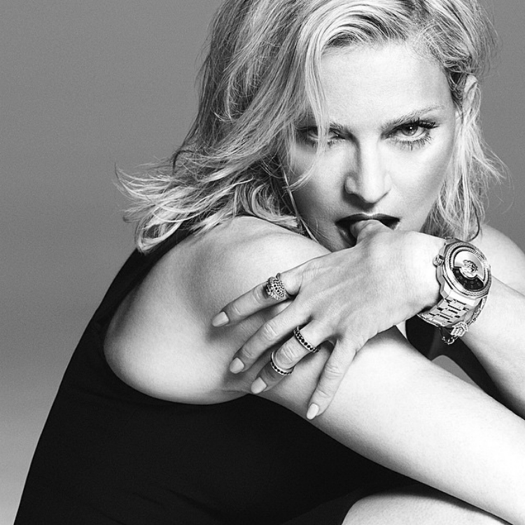 madonna-versace-preview-2015-01.jpg