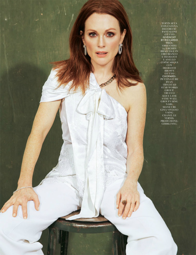 Julianne-Moore-Grazia-May-2016-Cover-Photoshoot04.jpg