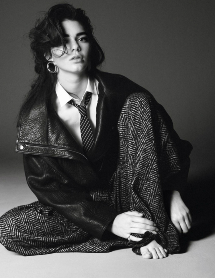 Kendall-Jenner-Vogue-Paris-October-2015-Editorial01.jpg