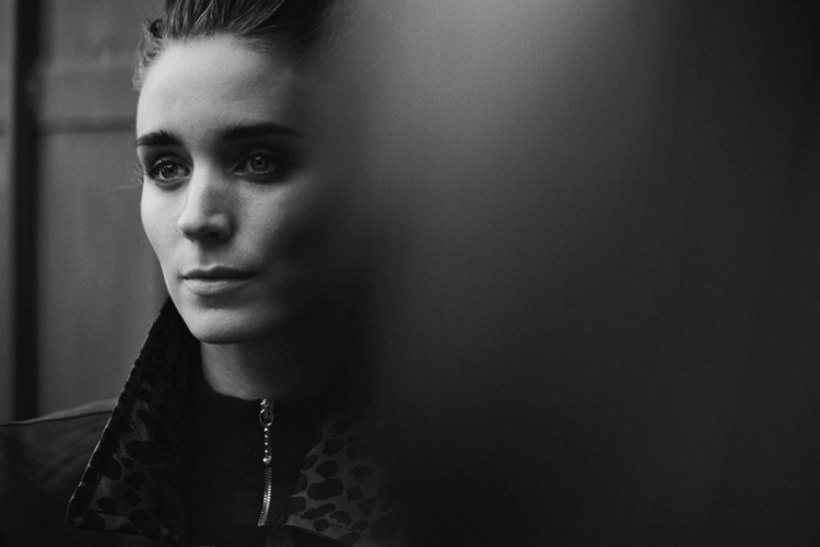 Rooney-Mara-Interview-Magazine-November-2015-Cover-Photoshoot05.jpg