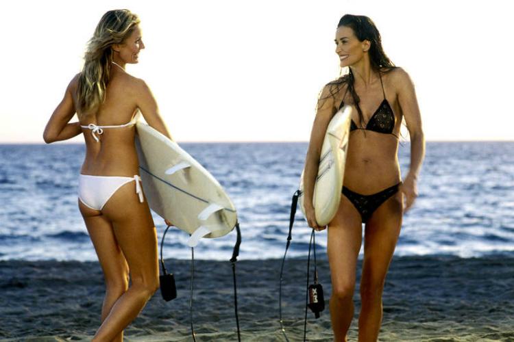 cinematv_iconic_swimsuits_6.jpg