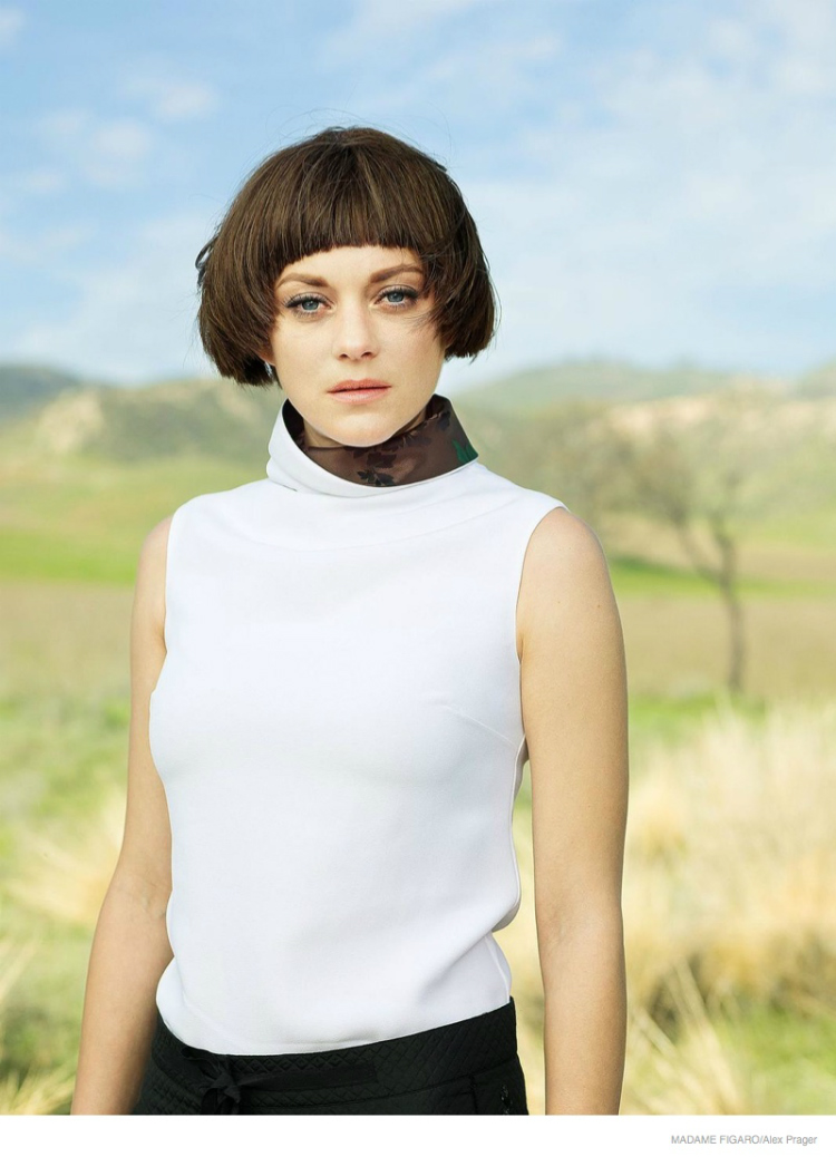 marion-cotillard-bowl-haircut04.jpg