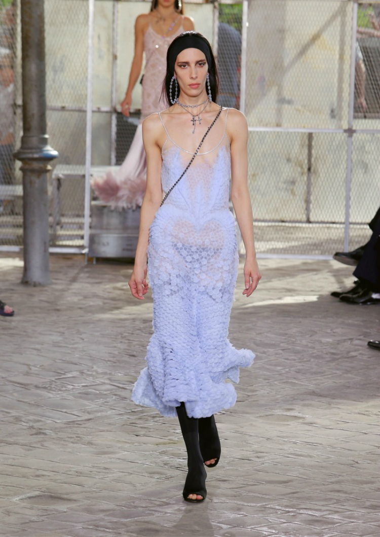 Givenchy-Spring-2016-Mens-Female-Looks02.jpg
