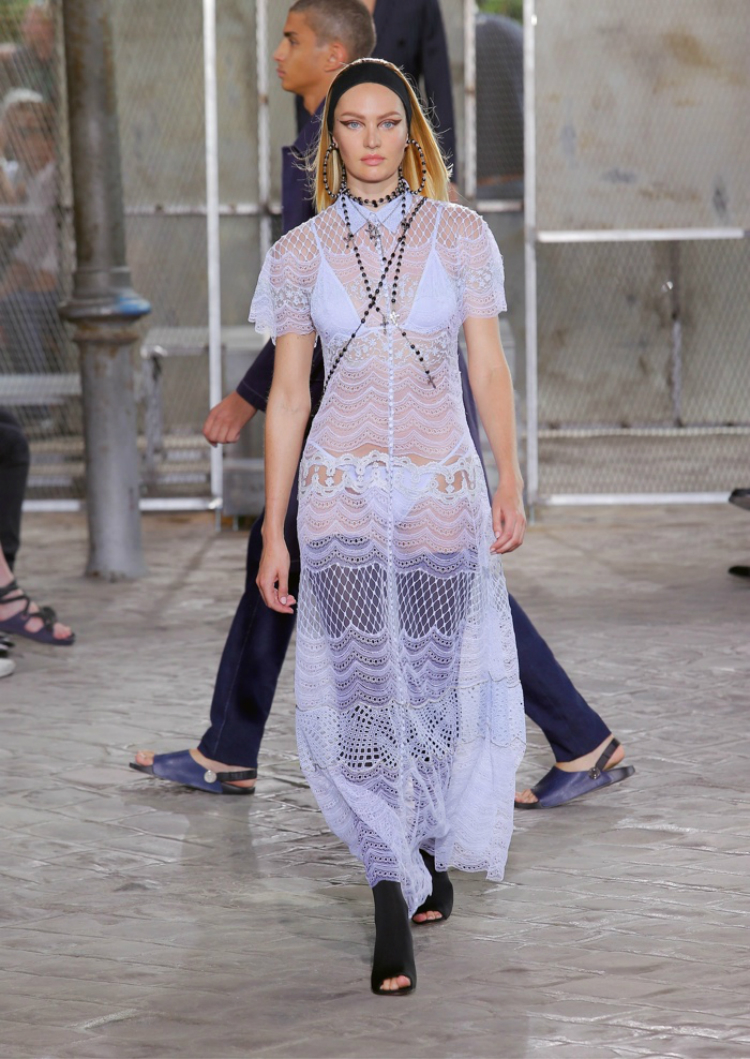 Givenchy-Spring-2016-Mens-Female-Looks06.jpg