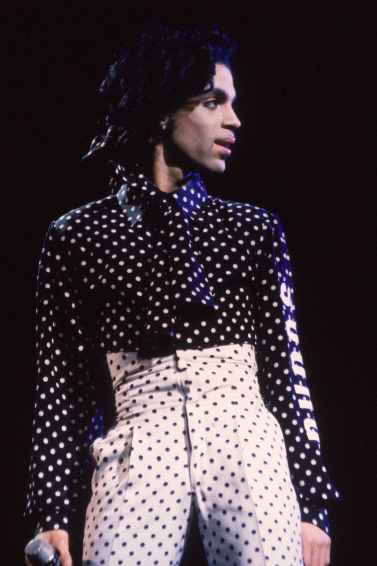 10prince-best-outfits-03.jpg