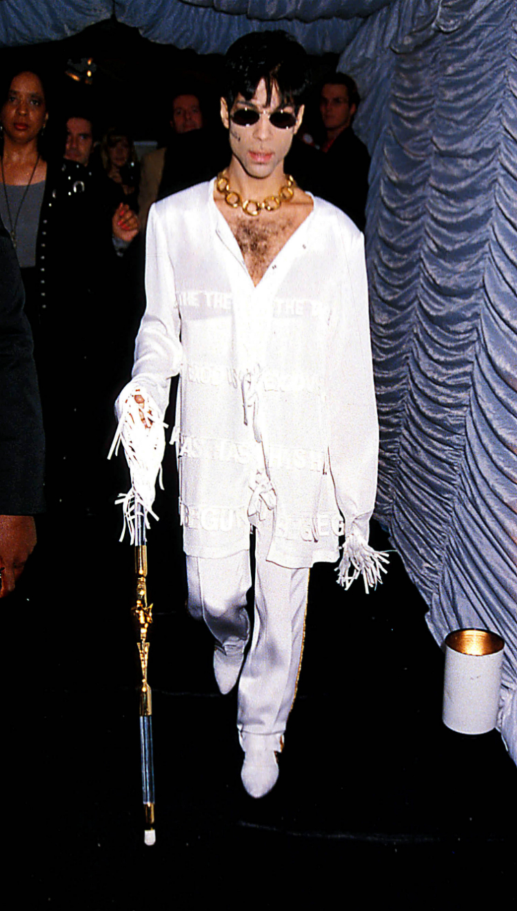 10prince-best-outfits-07.jpg