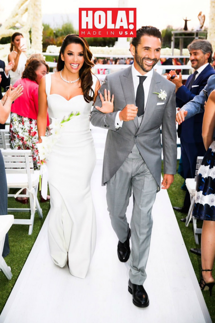 Eva-Longoria-Wedding-Dress-Photo-01.jpg