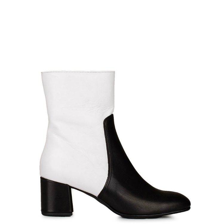 ankle-boots-white-kendall-jenner-04.jpg