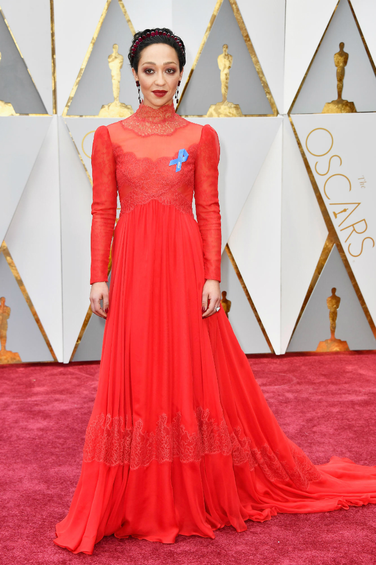 2017oscars-red-carpet-03.jpg