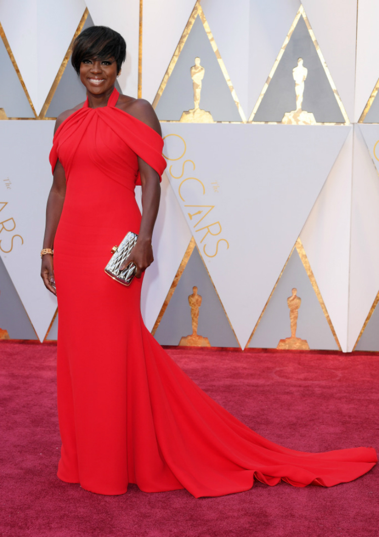 2017oscars-red-carpet-10.jpg