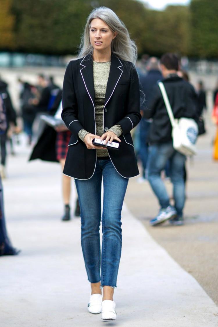 1itemallwomen_wearatfashionweek_03.jpg