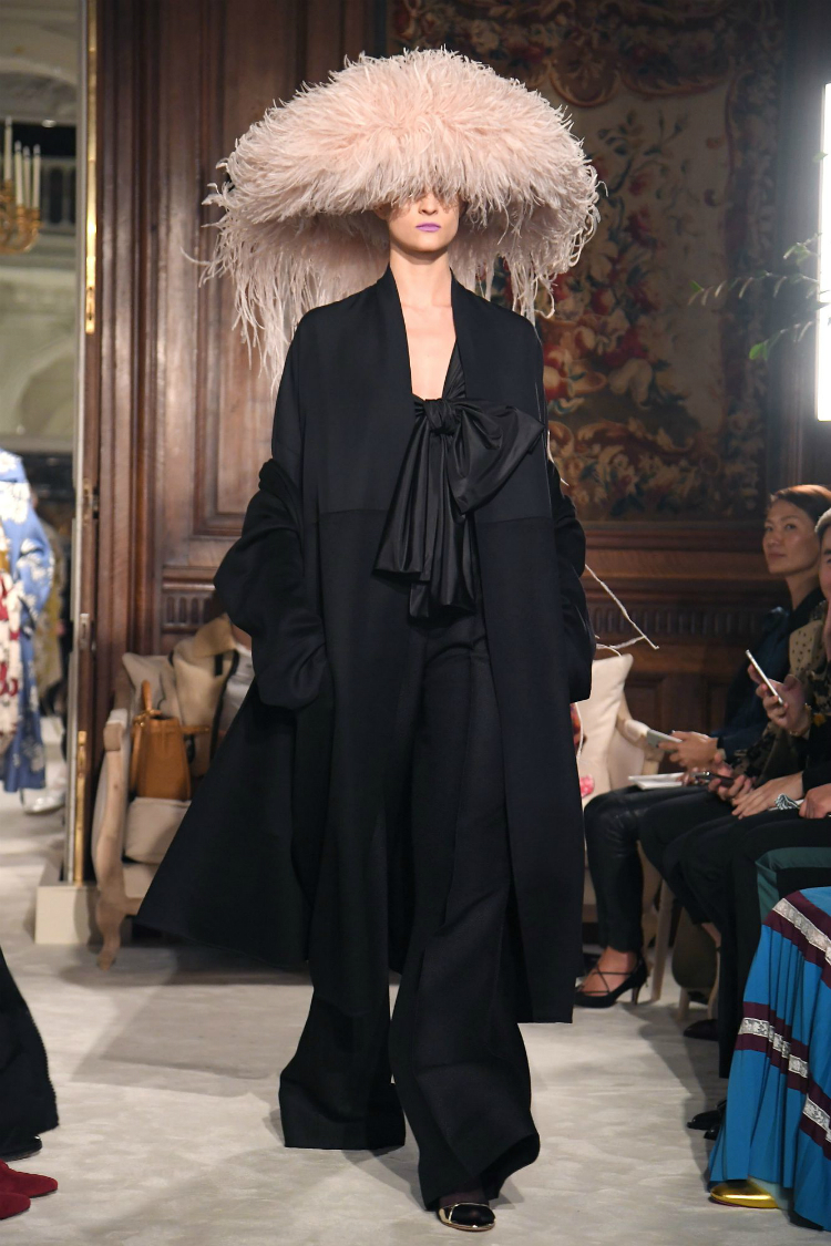 2018_couture_spring_02.jpg