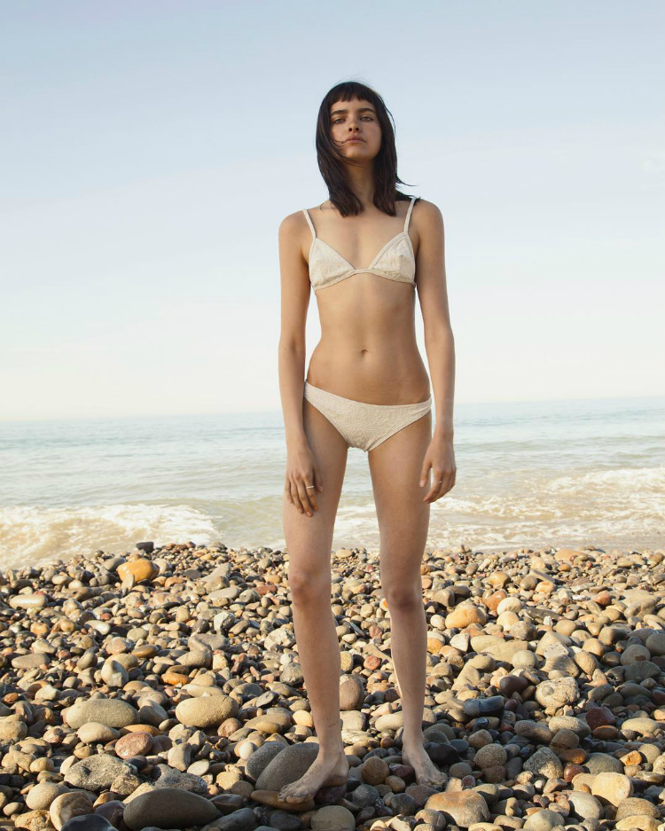 5bathingsuitstrends-2016-02.jpg