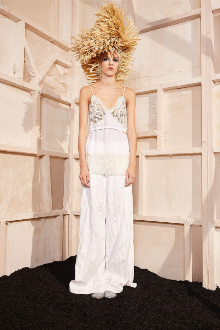 7bridal-jumpsuits-trends-17-05.jpg