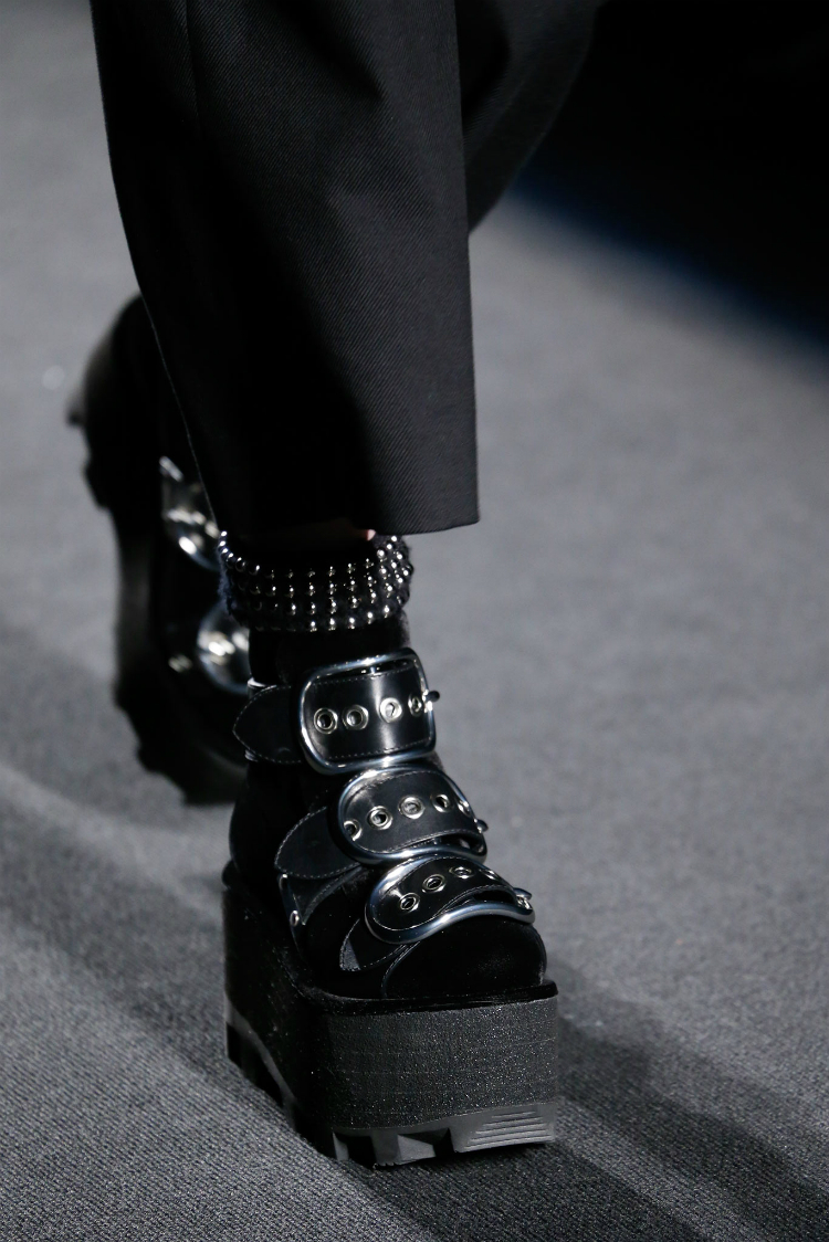 best-runway-accessories-fall-2015_8.jpg
