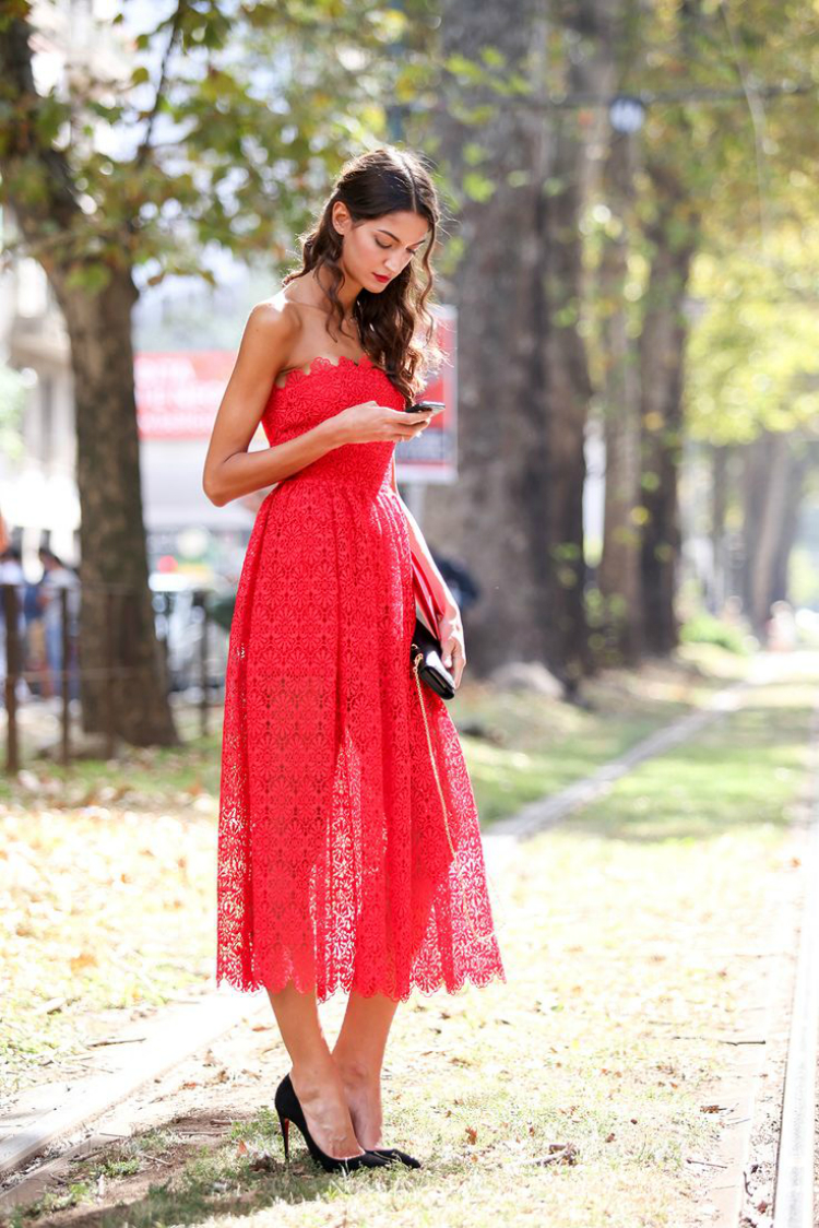red-outfits-4.jpg