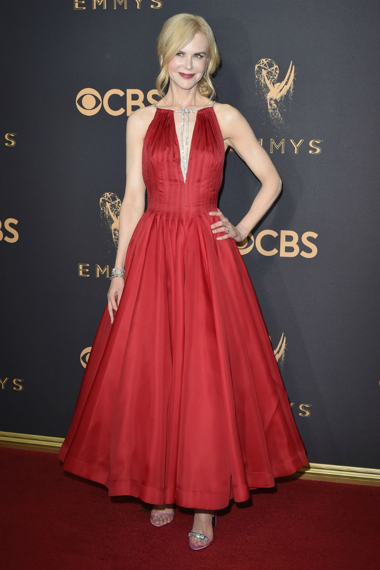 2017emmyawards_01.jpg