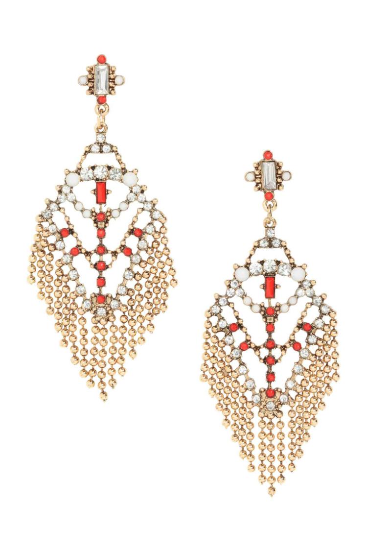 6statement-earrings-trend-ss17-01.jpg
