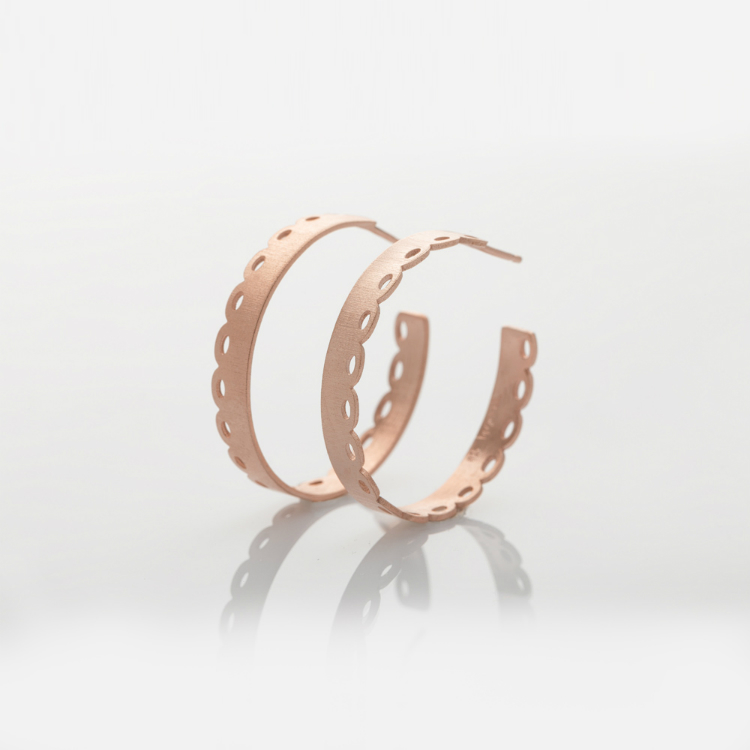 6statement-earrings-trend-ss17-02.jpg