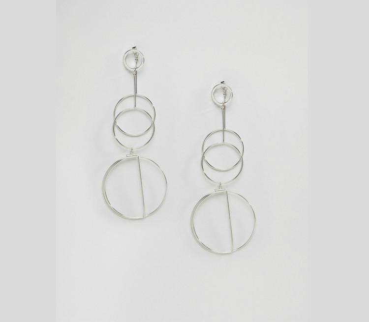 6statement-earrings-trend-ss17-06.jpg
